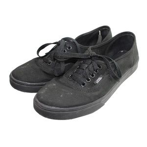 Vans Unisex Black lace up Sneakers.